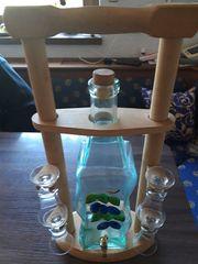 Schnapsflasche mit Holzgestell
