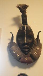 Einzigartige afrikanische Holz-Masken Paket 3