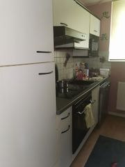 Küche mit E-Geräten günstig zu