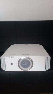 JVC DLA-X500RBE - 3D 4K e-shift3