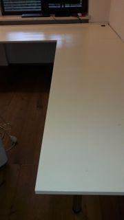 Büromöbel wegen Umzug zu verkaufen