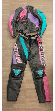 Motorrad Damen Lederjacke und Lederhose
