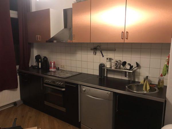 Küche inklusive spühl Maschine (ohne Kühlschrank)! in ...