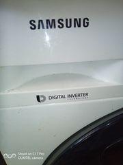 Samsung Waschmaschine mit öffnender Tür