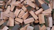 Brennholz Kaminholz Feuerholz trocken ofenfertig