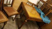 Nussbaumtisch antik mit 3 Einlegeplatten