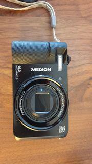 Digitalkamera mit 12x optischem Zoom