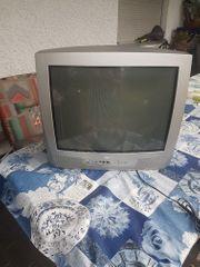 Fernsehgerät zu verschenken