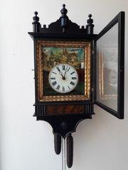 Antike Schwarzwald Bild-Uhr