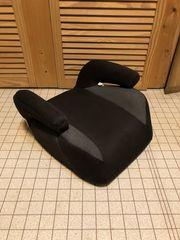 Kinder-Sitz- Erhöhung für s Auto