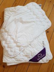 Bettdecke mit Kissen 135 x