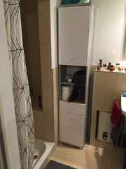 gebrauchter Badezimmerschrank
