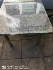 Tisch aus Granit Bluepearl