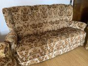 Sofa 2 Sessel Hocker und