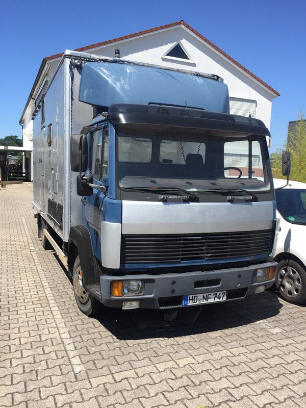 Transporter Turnierpferde KFZ Daimler-Benz 814