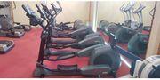 Life Fitness Crosstrainer 9500HR mit