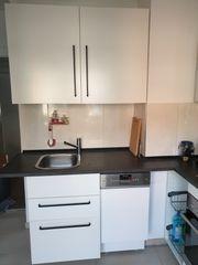 Küche mit Elektrogeräte