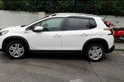Neu scheckheft gepflegt Peugeot 2008