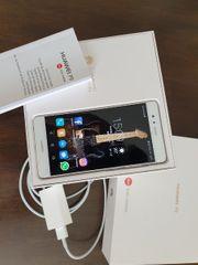 Gut erhaltenes Huawei P9 Smartphone