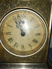 Tisch Uhr