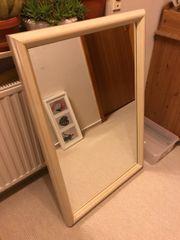 Spiegel mit Holzrahmen weiss 0