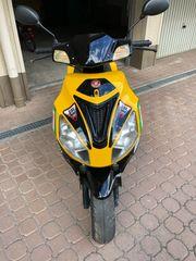 Roller 50 ccm Motobi Imola