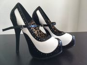 Bordello Teeze 2 High Heel