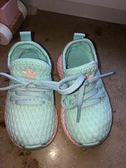 Adidas Deerupt runner gr 20