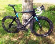 COLNAGO CONCEPT TEAM lightweight bike