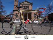Cavazzoni Rennrad mit Camapgnolo Komponenten