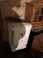 Alte Waschmaschine AEG