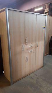 Kleiderschrank modern 150 x 198 -