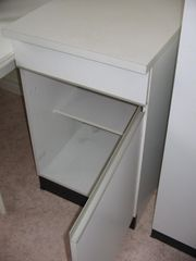 12-teilige Küche weiß zu verschenken