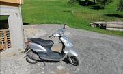 Piaggio Motorroller Fly 50