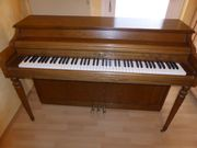 Klavier Wurlitzer Modell 2120