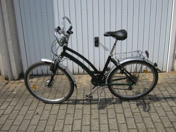 26-er Fahrrad McKenzie 2fach gefedert