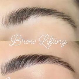 Kosmetik und Schönheit - Browlifting Augenbrauenlaminierung