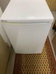 Defekter Kühlschrank von Bauknecht Abholung