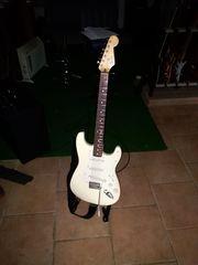 Gitarre Fender Stratocaster Mexico