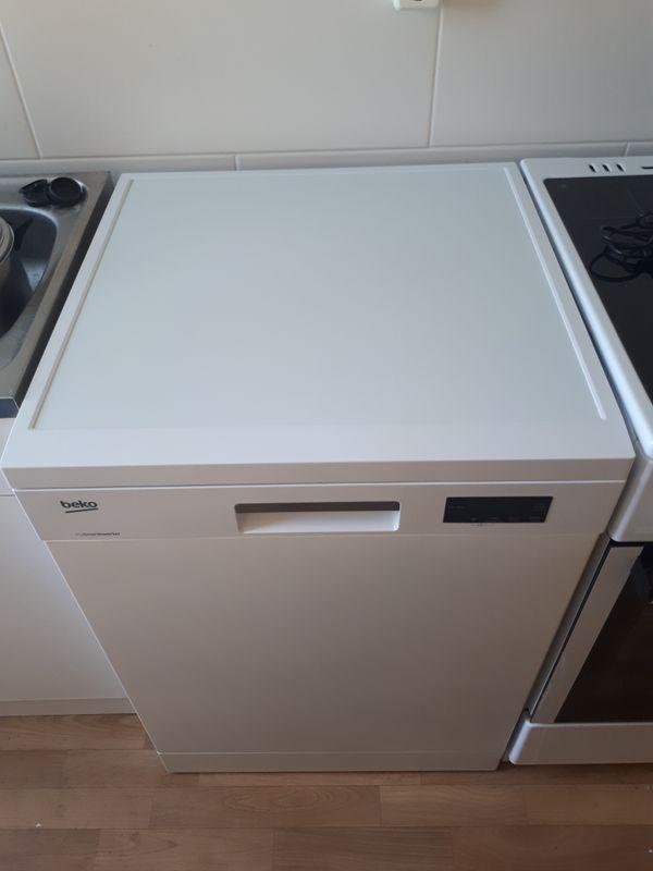 BEKO Geschirrspüler Spülmaschine   A   Farbe