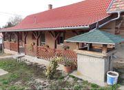 Haus mit neuem Dach Ungarn