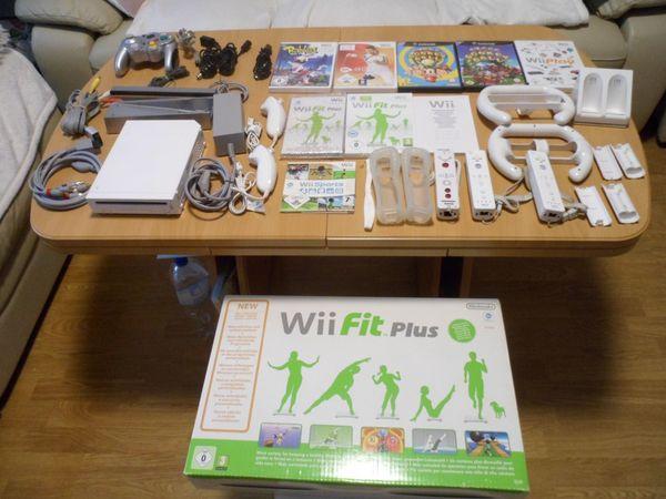 NINTENDO Wii Weiß mit Zubehör