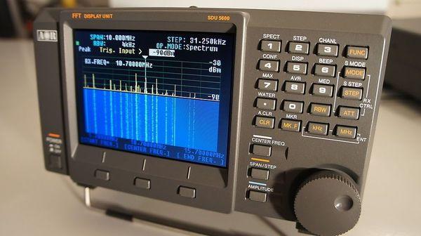 AOR SDU5600 Spektrum Display Einheit