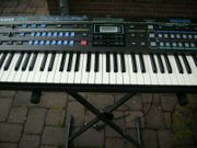 Synthesizer Casio CZ-1 - Fast nicht