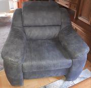 Neuwertiger Sessel in Büffellederoptik