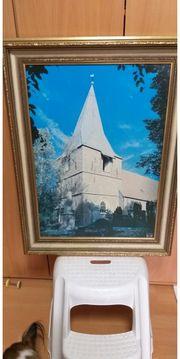 schönes gerahmtes Bild Kirche