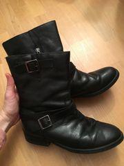 schwarze Lederstiefel Größe 39