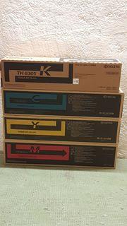 Satz NEU Original Kyocera TK-8305