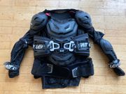 LEATT 5 5 Protektorenhemd Brustpanzer