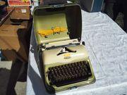 Triumph Schreibmaschine Modell Norm